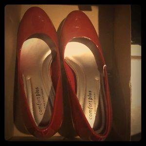 Red 5.5 heels